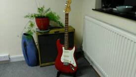 Encore Stratocaster, in really nice shape, really nice neck!