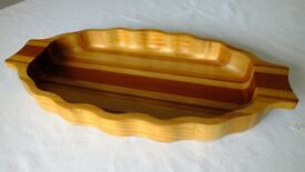 Hand crafted New Zealand wood fruit display tray