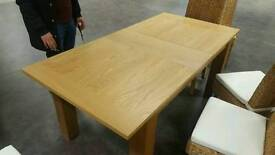Oakhampton dining table new comes with box