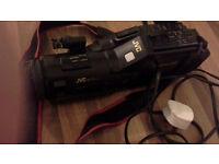 JVC-camera recorder player YU30531G
