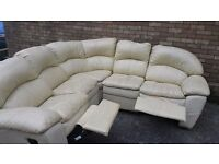 COMFY CREAM CORNER RECLINER SOFA.
