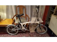 Brompton Folding Bike, Pump, Mudguards, Front & Rear Lighting