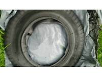 Wheelbarrow tyre and inner tube