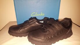 Clarks Tyrex Ride Inf & Jnr Black Leather School Shoes UK 2 F
