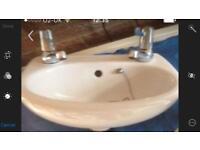 Cloakroom basin