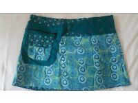 Skirt – fits many sizes (New Not worn)
