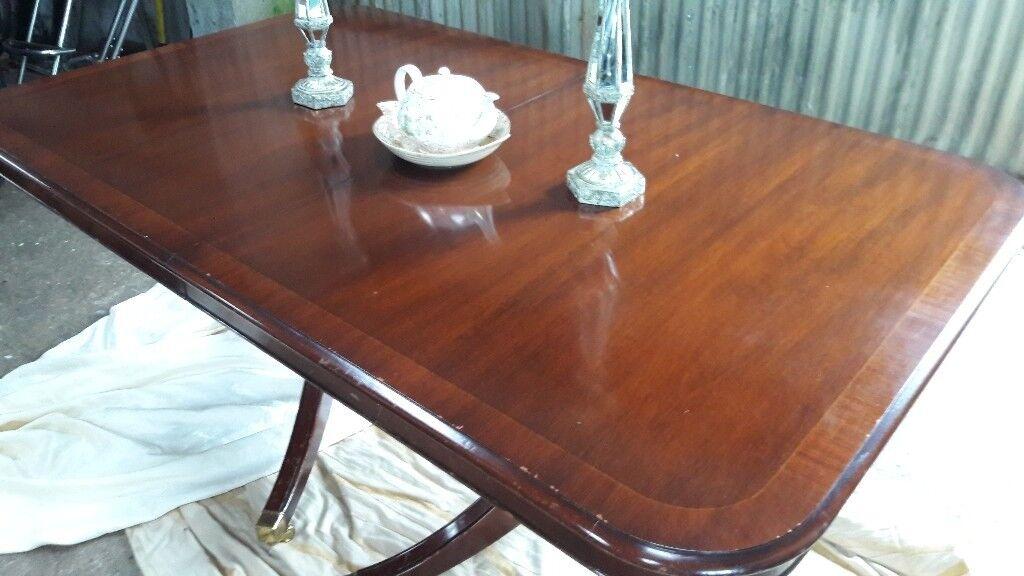 regency dinning table