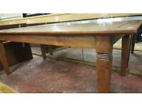 Solid Oak Dining Table in Excellent Condition