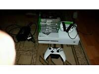 White Xbox One 500gb