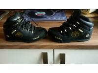 Timberland boots size 4 excellent condition as new