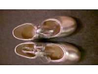 Tap Shoes size 9 Original for Tap dance