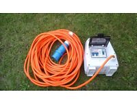 HOOK UP CABLE WITH 3 13AMP PLUG SOCKETS AND SAFETY R C B
