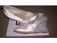 Bridal wedges size 5 new and unworn