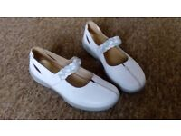 Ladies Hotter Shoes in Size 7 NEARLY NEW
