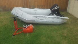 Quicksilver 270 Airdeck with mecury 10hp