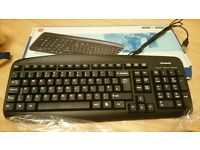 Polaroid wired keyboard
