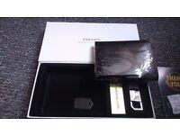 Men's Designer Leather Wallet and Key Ring Gift Set (great Valentine present)