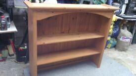 QUALITY PINE DRESSER TOP, 4' WIDTH, VERY GOOD CONDITION.