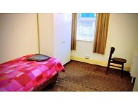 Single Cute Room - Ideal 4 Students or Professionals ** Live 4 two months or more as long as u like