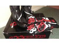 Alpinestars SMX S-MX Plus Black Motorcycle Boots + FREE GLOVES *NEW* Size 43
