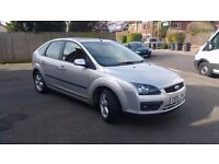 Ford Focus 1.6 Zetec *Silver Great Condition* Great Family car