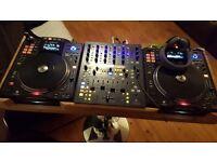 DJ DECKS Denon sc3900 great condition (PAIR) DECKS ALONE