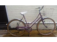 LADIE'S RALEIGH CAPRICE DUTCH STYLE CITY BIKE WITH BASKET