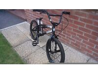 Boys bmx....20 inch frame...perfect conition..