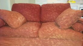 Sofa - 2-seater in red colour