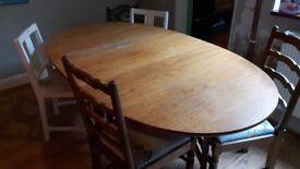 Gate leg dining table