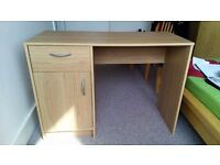Office desk - Almost new!