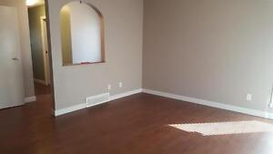 3Bedroom, 2.5 Finished Basement Townhouse