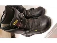 Snowboard boots uk8