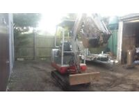 Mini Digger Takeuchi TBO 16
