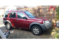 land rover freelanders x2 both 2001, 1.8 petrol clean condition, red and dark green