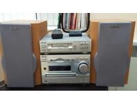 Sony cd/cassette hifi system with speakers