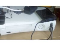Xbox 360 with controler pad