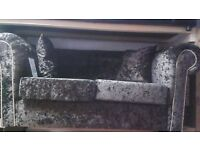 SJ TRADERS COMPANY- 2+3 SEATER IN WHITECHAPEL LONDON. WE DELIVER IN WHOLE UK FROM 45 POUNDS.