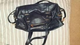 New look navy handbag