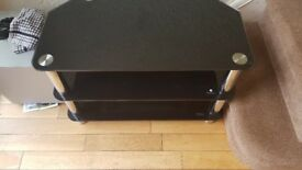 Black Glasss Tv stand