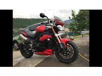 Stunning Triumph Speed Triple (60 plate in Red)