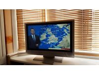 32inch Grundig LCD TV with freeview.