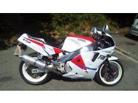 Yamaha FZR 1000 EXUP 1990