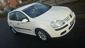 White 2009 VW Golf 1.9 for sale