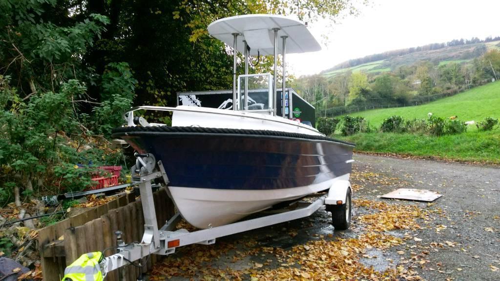 Speed boat, fishing boat