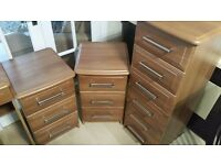 SET OF BEDROOM FURNITURE - DRESSING TABLE, BEDSIDE DRAWERS & TALL DRAWER UNIT (EXCELLENT QUALITY)