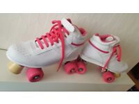 Ladies Size 6 Trainer Roller Skates. Excellent Condition. £45