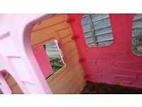Kids playhouse ~~Pink in good condition