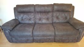 3-seater electric recliner sofa