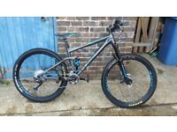 cube stereo bike high specs well looked after